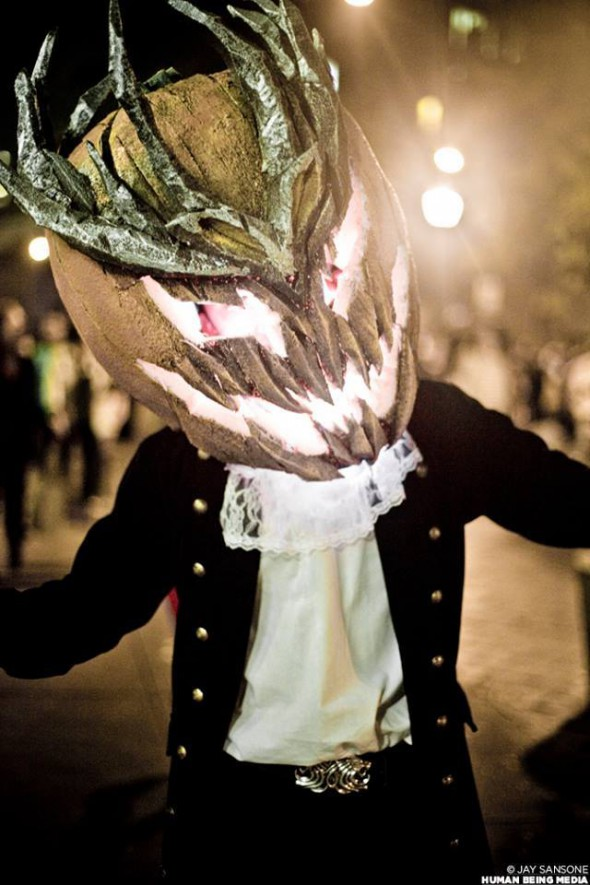 044b722-Mad-King-Cosplay-Ting-Siu-Ip-590x885.jpg